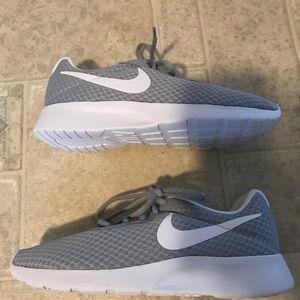 Women's Nike Flex Bijoux Clear Jade-Wolf Grey